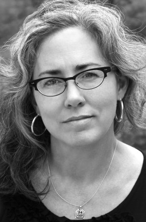 Frost Place Faculty Members to Give Reading at Bear Pond Books Against GunViolence