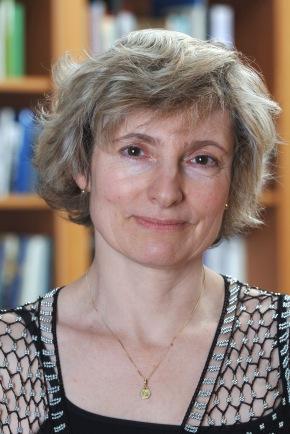 Dartmouth Poet in Residence Rosanna Warren Featured in The NewYorker